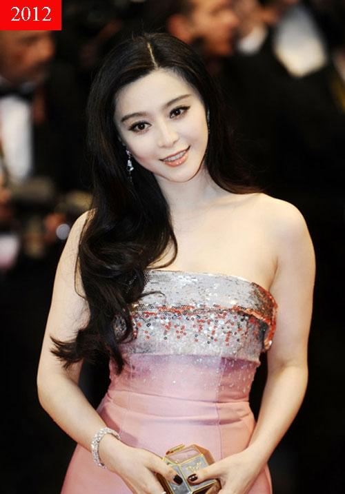 Năm 2012, Phạm Băng Băng được vinh danh ở giải thưởng Phong cách cá nhân bởi Elle USA. Cô cũng từng được trang web redcarpet-fashionawards chọn là Ngôi sao quốc tế mặc đẹp nhất.