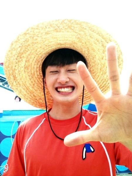 9. Eunhyuk: Luffy (One Pierce)