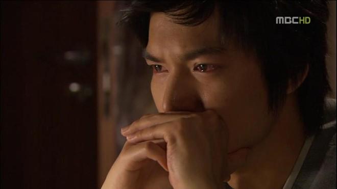 Khoảnh khắc ngấn lệ của Lee Min Ho trong Personal Taste