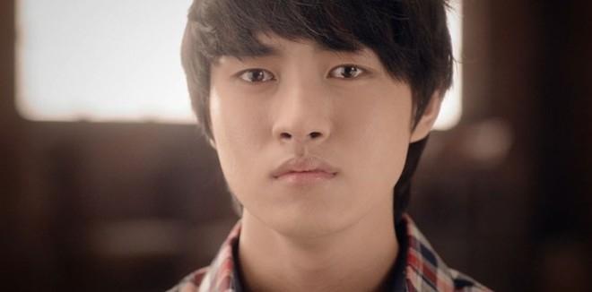 """Nam diễn viên trẻ Lee Min Ho 9X cũng cực """"ngọt"""" khi đóng cảnh khóc."""