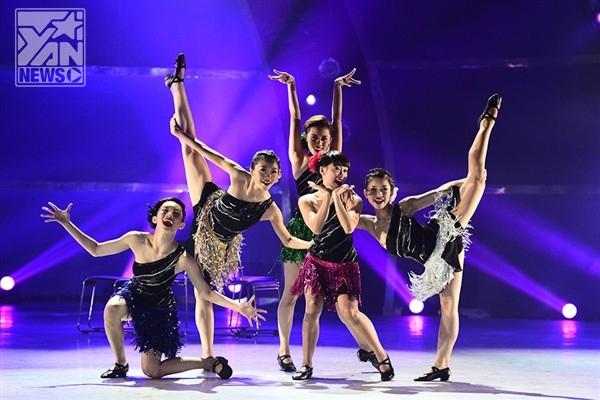 Top 5 thí sinh nữ cũng đã có màn trình diễn nhạc jazz vô cùng ấn tượng.