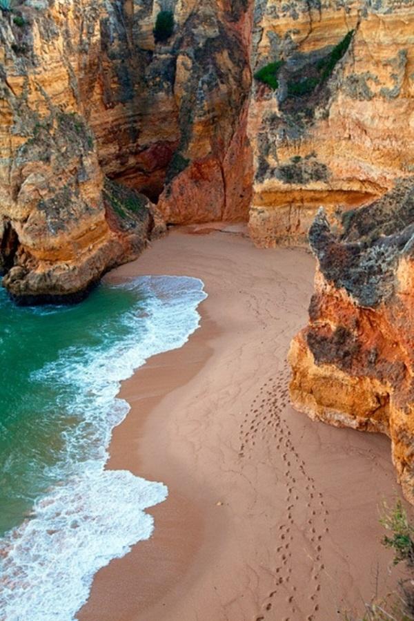 Bãi biển Dona Ana, Algarve, Bồ Đào Nha