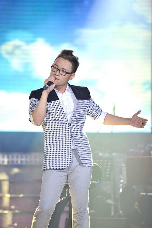 Trúc Nhân mang đến nhiều cảm xúc cho khán giả qua Cảm Ơncủa Wanbi Tuấn Anh.