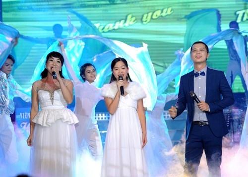 Ca khúc nổi tiếng của ban nhạc ABBA Thank You for the Music với phần trình diễn đặc biệt của bé Vũ Đình Tri Giao, ca sỹ Nam Khánh và ca sỹ Ngọc Tuyền.