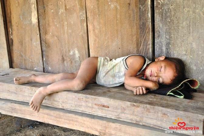 """Trở về tuổi thơ cùng Noi.vn với ngày hội từ thiện """" NHẬN HEO ĐẤT, GỪI YÊU THƯƠNG"""""""