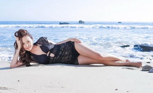 Bộ ảnh bikini thực hiện sau khi sinh con của Jennifer Phạm khiến nhiều người ngạc nhiên   Gia đình hạnh phúc của hoa hậu xinh đẹp - Tin sao Viet - Tin tuc sao Viet - Scandal sao Viet - Tin tuc cua Sao - Tin cua Sao