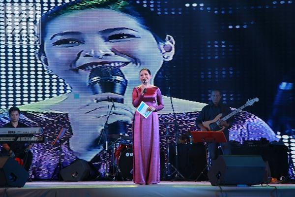 MC Quỳnh Hương - Tin sao Viet - Tin tuc sao Viet - Scandal sao Viet - Tin tuc cua Sao - Tin cua Sao