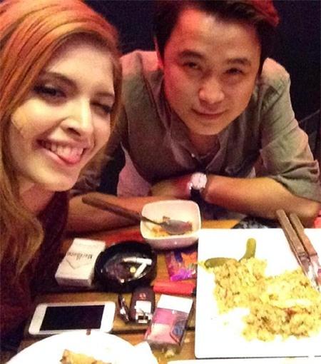 Hình ảnh mới nhất của Andrea trên Facebook. Trên mặt cô dán một miếng urgo - Tin sao Viet - Tin tuc sao Viet - Scandal sao Viet - Tin tuc cua Sao - Tin cua Sao