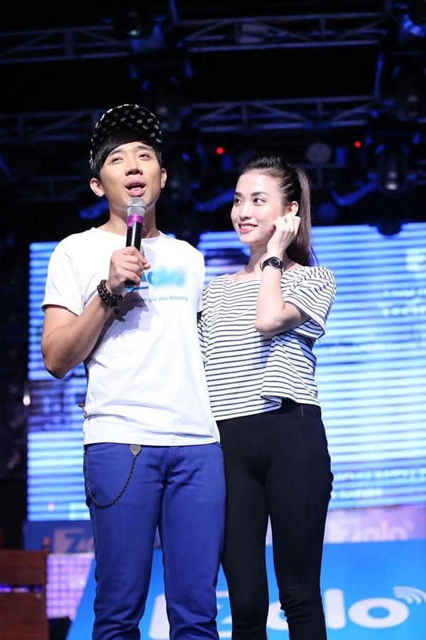 Mai Hồ thường xuyên xuất hiện bên cạnh Trấn Thành với gương mặt xinh đẹp, ăn diện sành điệu, trẻ trung khiến không ít người ghen tỵ.