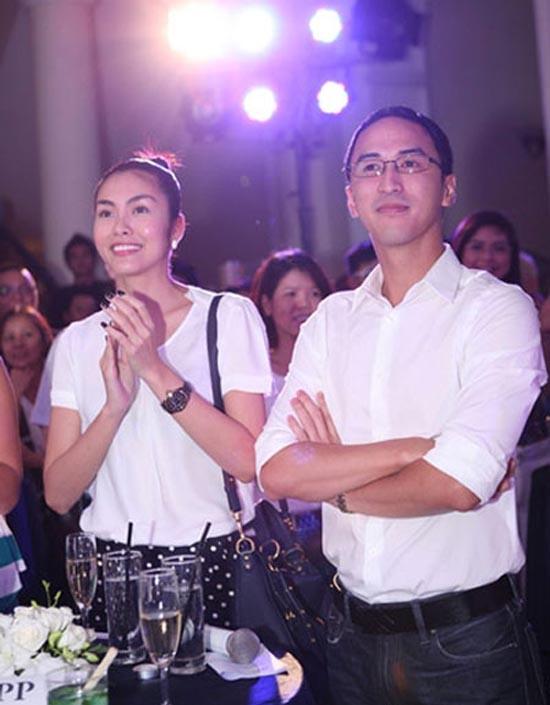 Lần đầu tiên Tăng Thanh Hà và Louis Nguyễn xuất hiện bên cạnh nhautrong một chương trình ca nhạc diễn ra ở thủ đô Hà Nội - Tin sao Viet - Tin tuc sao Viet - Scandal sao Viet - Tin tuc cua Sao - Tin cua Sao