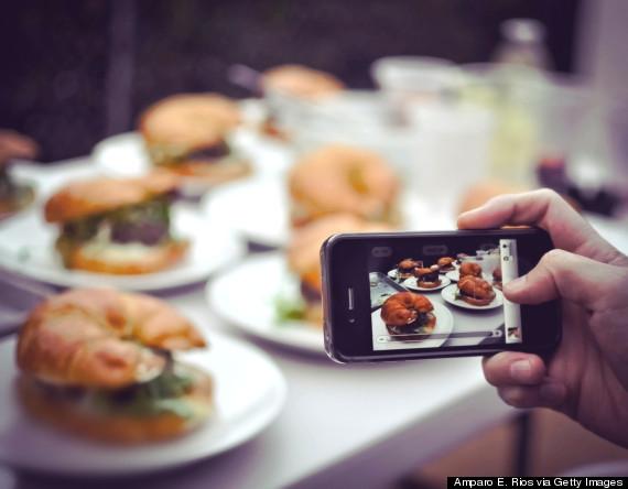 19 dấu hiệu chứng tỏ đã đến lúc bạn nên rời bỏ chiếc smartphone