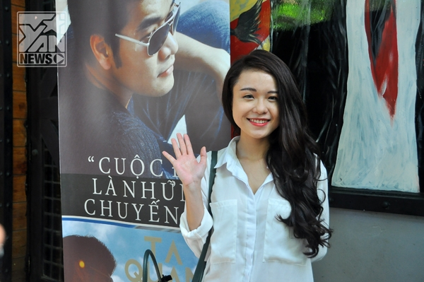 Thái Trinh   Anh Tuấn đã đón chuyến bay sớm để đến dự buổi ra mắt MV của Tạ Quang Thắng, anh chia sẻ với anh nam ca sĩ này là một người nghệ sĩ có tài và có tâm     Nam ca sĩ đã trình diễn những ca khúc mang đậm phong cách của mình với phiên bản Acoustic.
