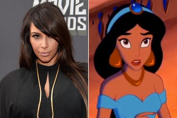 """Kim Kardashian không nhận ra mình lại giống nàng công chúa Jasmine trong bộ phim hoạt hình Aladdin. Họ đều sở hữu mái tóc đen, làn da bánh mật và đôi mắt quyến rũ đặc biệt là phong cách thời trang """"kiệm vải""""."""