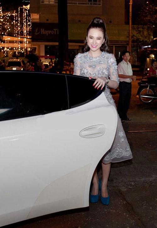 Angela Phương Trinh cũng vướng vào scandal mượn nhà mượn xe để khoe mẽ - Tin sao Viet - Tin tuc sao Viet - Scandal sao Viet - Tin tuc cua Sao - Tin cua Sao