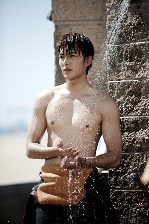 Lee Min Ho- Kim Tan Ngày sinh: 22.6.1987 Chiều cao: 1m87   Điểm chiều cao: 9 Điểm khuôn mặt: 10 Điểm thân hình: 8
