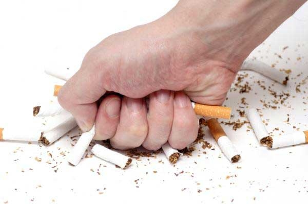 Điều gì xảy ra khi bạn bỏ thói quen hút thuốc lá?