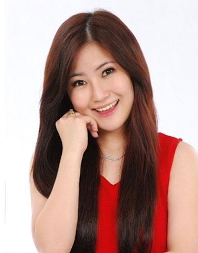 Hương Tràm cạnh tranh với Đinh Hương, Khởi My, Miu Lê và Bích Phương tại hạng mục Nữ ca sĩ triển vọng