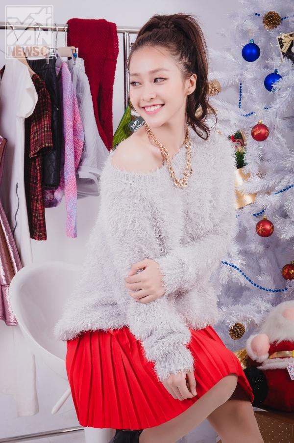 Rực rỡ sắc màu Giáng Sinh cùng Khả Ngân