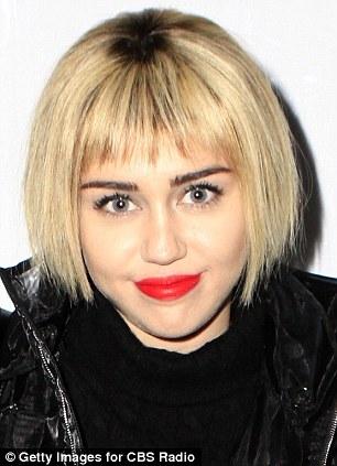 Trông Miley thật xinh đẹp với hình tượng mới