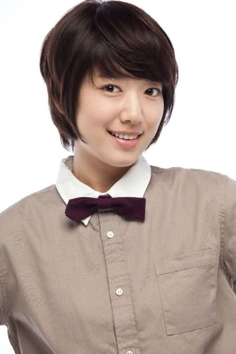 Từ sau phim You're Beautiful, Park Shin Hye thu hút nhiều fan hâm mộ nữ