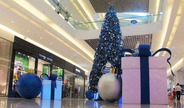 Like & Share Facebook Crescent Mall – Vui Giáng Sinh, Rinh Quà Hot!