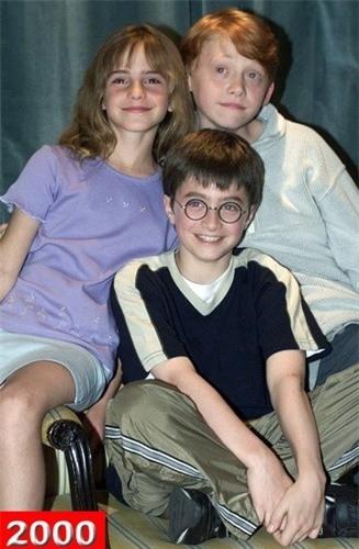 Bộ ba diễn viên được yêu thích: Emma Watson, Daniel Radcliffe và Rupert Grint khi còn nhỏ.