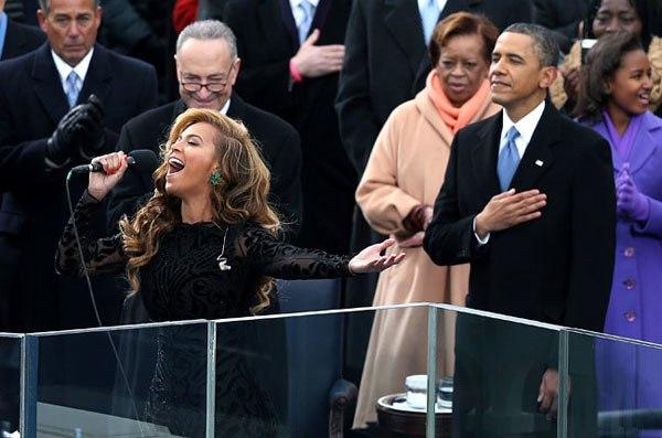 Beyonce trình diễn trong buổi lễ.