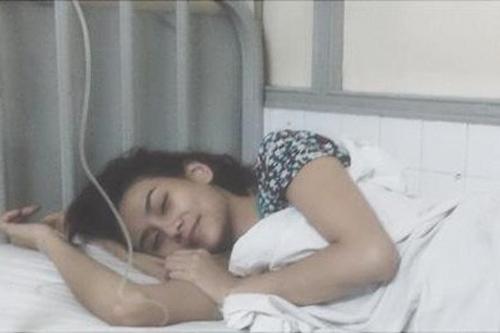 Hoàng Yến trong bệnh viện