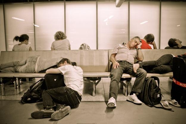 23 đặc điểm của những người bị rối loạn múi giờ (jetlag) khi đi máy bay