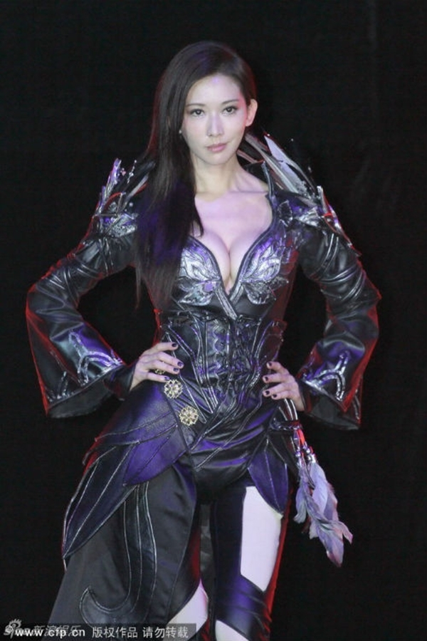 """Lâm Chí Linh đã khiến người hâm mộ chú ý hơn tới diễn xuất thay vì danh xưng """"Đệ nhất mỹ nhũ xứ Đài"""""""
