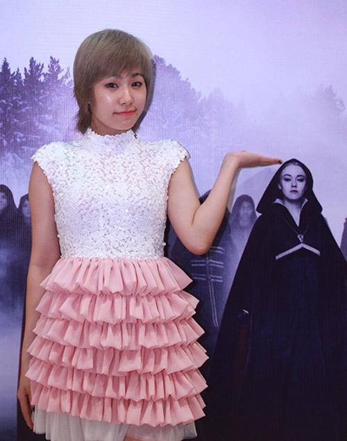 Lương Bích Hữu diện váy xòe xòe, hồng hồng như công chúa - Tin sao Viet - Tin tuc sao Viet - Scandal sao Viet - Tin tuc cua Sao - Tin cua Sao