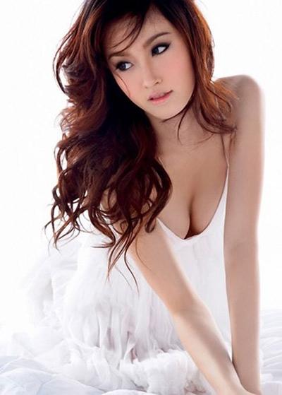 Mới đây nhất, Nong Poy được mời đóng chung cùng Trương Gia Huy trong một bộ phim và cô đã chiếm thiện cảm của các fan yêu phim Hoa ngữ.