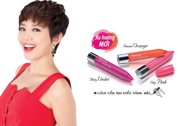 Cô nàng Tóc Tiên luôn đẹp rạng ngời với son sáp Miracle Apo Lip Crayon 3 sắc màu thời trang Femme Orange, Shy Pink, Flirty Violet