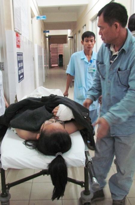 Em H.S.L.M. được cấp cứu tại Bệnh viện đa khoa tỉnh Khánh Hòa.
