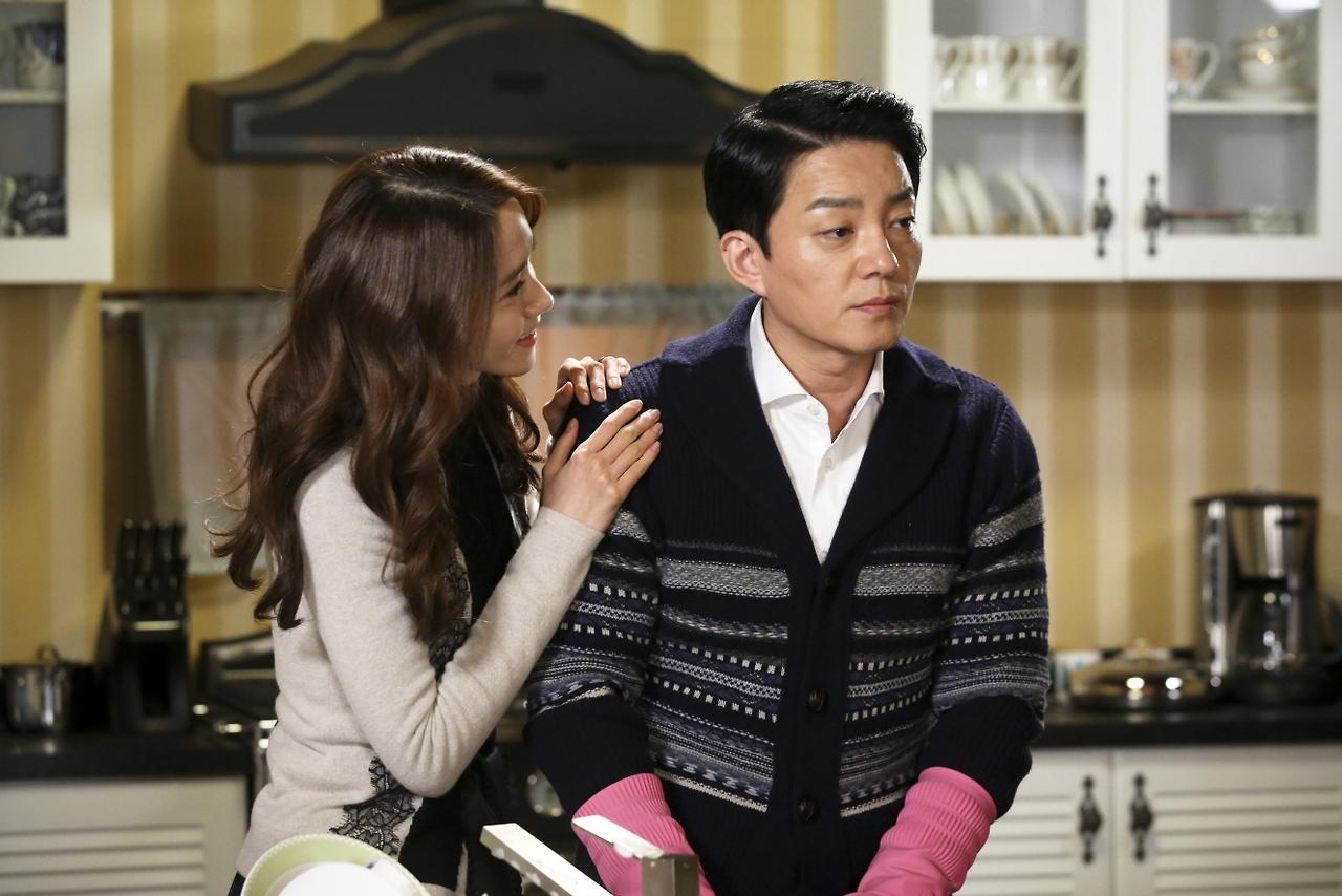 Yoona vẫn đang làm rất tốt vai trò một diễn viên chuyên nghiệp, cô không để chuyện riêng tư làm ảnh hưởng đển bộ phim.