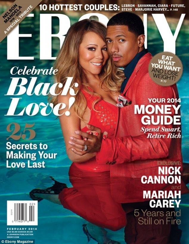 Cặp vợ chồng tình tứ trên trang bìa một tạp chí mới phát hành.