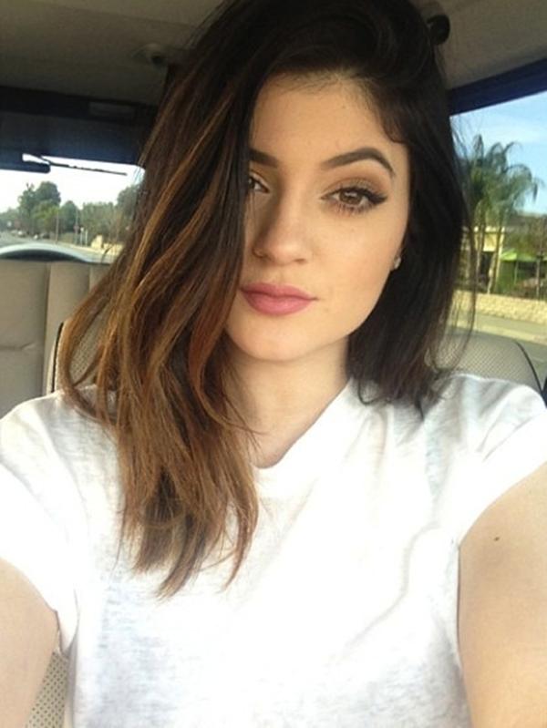 Kylie Jenner với mái tóc mới