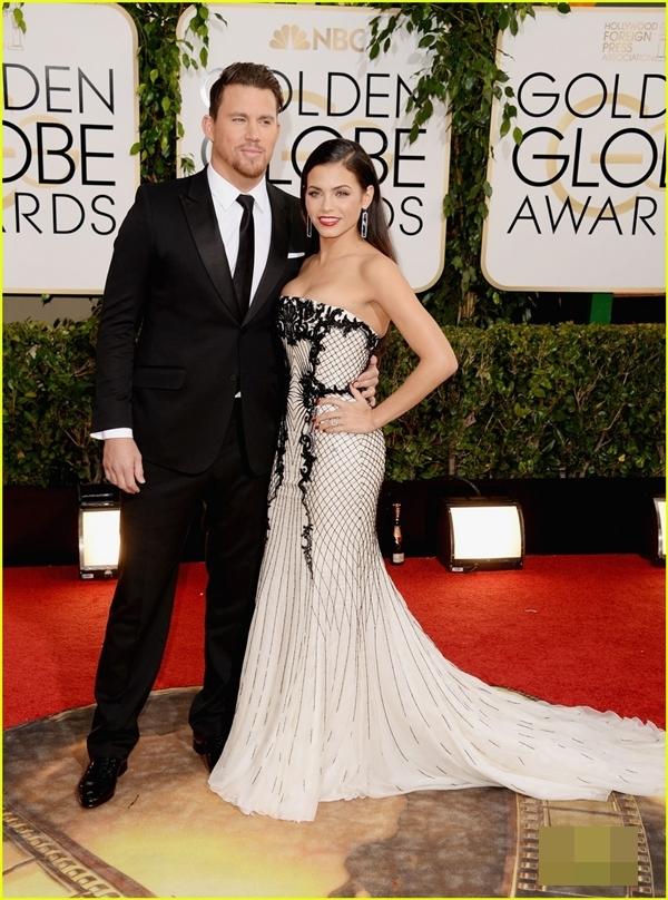 Cặp vợ chồng Channing Tatum & Jenna Dewan . Tối nay Channing Tatum sẽ xuất hiện trên sân khấu nhưng không phải vì được đề cử hay đại diện cho bất kì bộ phim nào, anh sẽ đóng vai trò là một người trao giải.