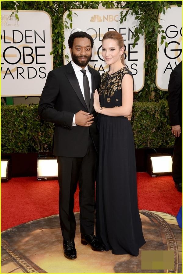 Nam diễn viênChiwetel Ejiofor đã tới thảm đỏ cùng bạn gái của mình. Nam diễn viên này đã được đề cử cho giải nam diễn viên xuất sắc nhất cho bộ phim12 Years a Slave.