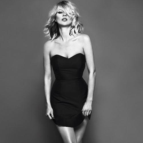 Kate Moss trong shoot hình thời trang quyến rũ với đầm đen cúp ngực...