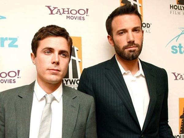 Ben Affleck và em trai Casey Affleck.