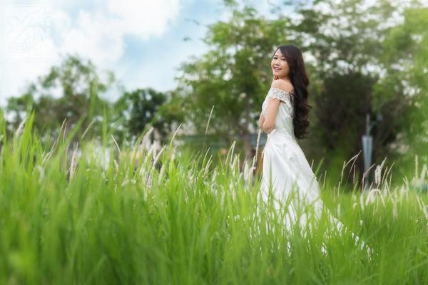 Nhung Gumiho đẹp tinh khôi trong tà áo cưới đầu xuân