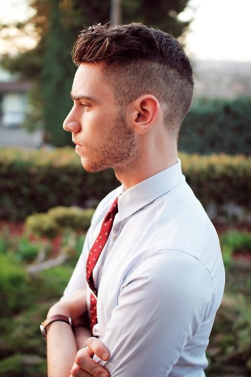 Undercut- Kiểu tóc đang làm điên đảo cánh mày râu
