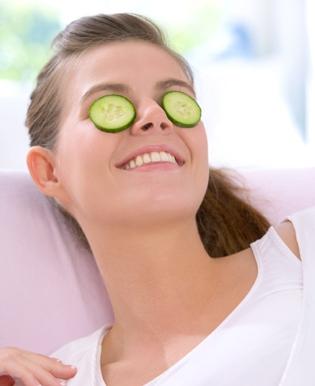 5 cách đánh bật quầng thâm mắt cực hiệu quả