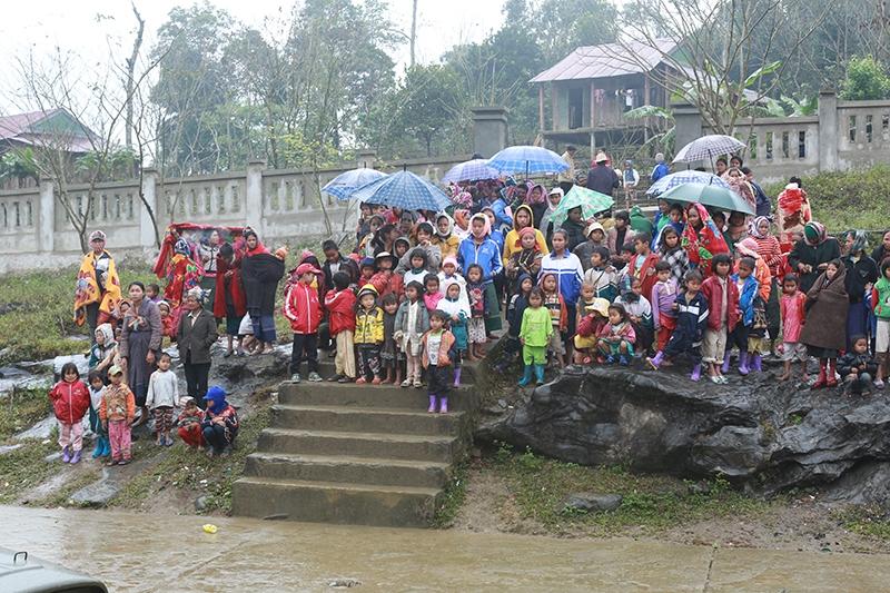Đồng bào dân tộc thiểu số Arem tại xã Tân Trạch (Bố Trạch - Quảng Bình)