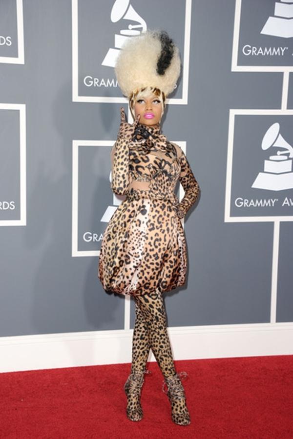 Nicki Minaj trông như một chú báo đốm