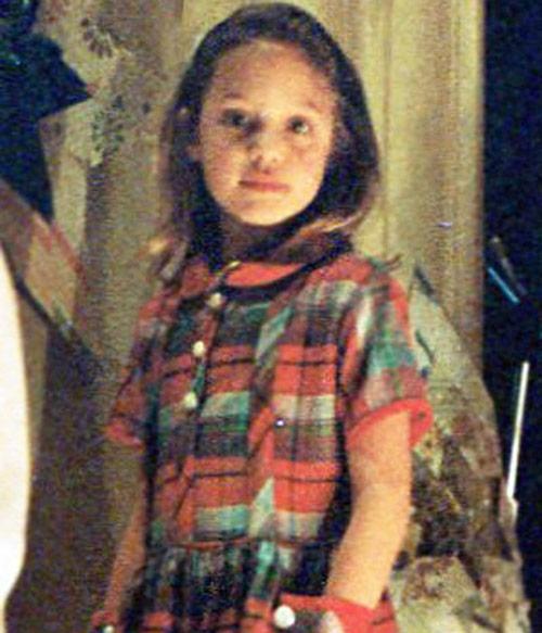 Angelina hồi nhỏ