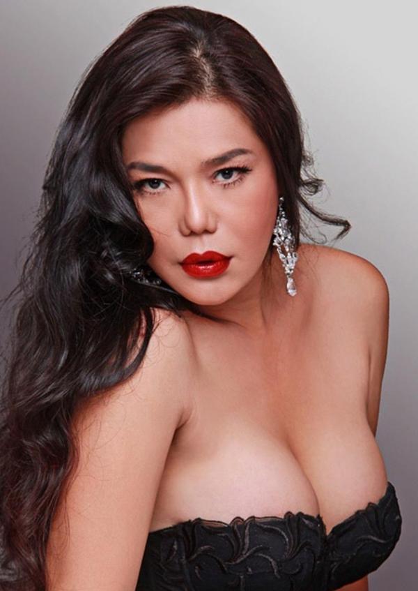 Cindy Thái Tài là người đẹp chuyển giới táo bạo nhất