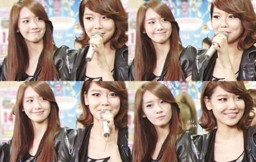 Tuy luôn sôi nổi, vui vẻ nhưng cả hai đều là những người rất sâu sắc. Đặc biệt, Sooyoung được xem là thành viên rất có khiếu ăn nói của SNSD, mỗi câu chuyện của cô kể đều lay động trái tim của nhiều người