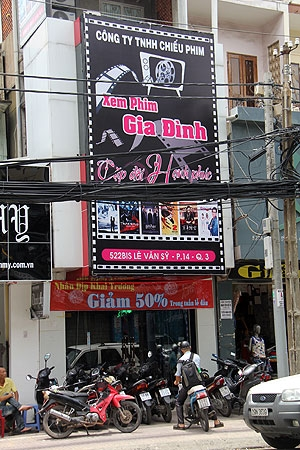 [360 độ SG] Valentine này, các cặp đôi ở Sài Gòn đi đâu?
